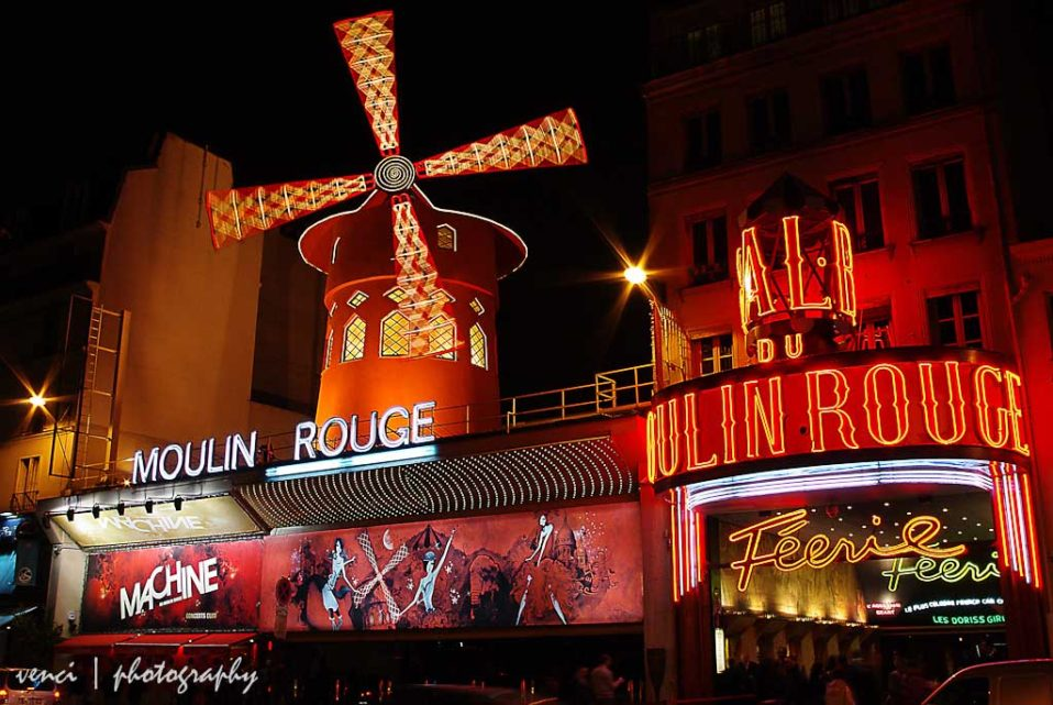 night shot, Moulin Rouge, Paris